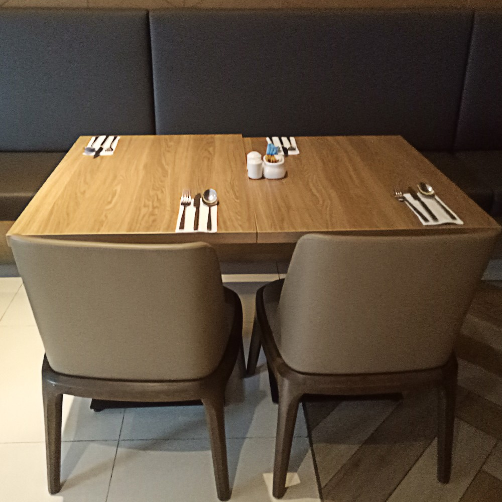 Uptop Furnishings-Quality Leather Sofas Manufacture   Restaurant In Zhongshan