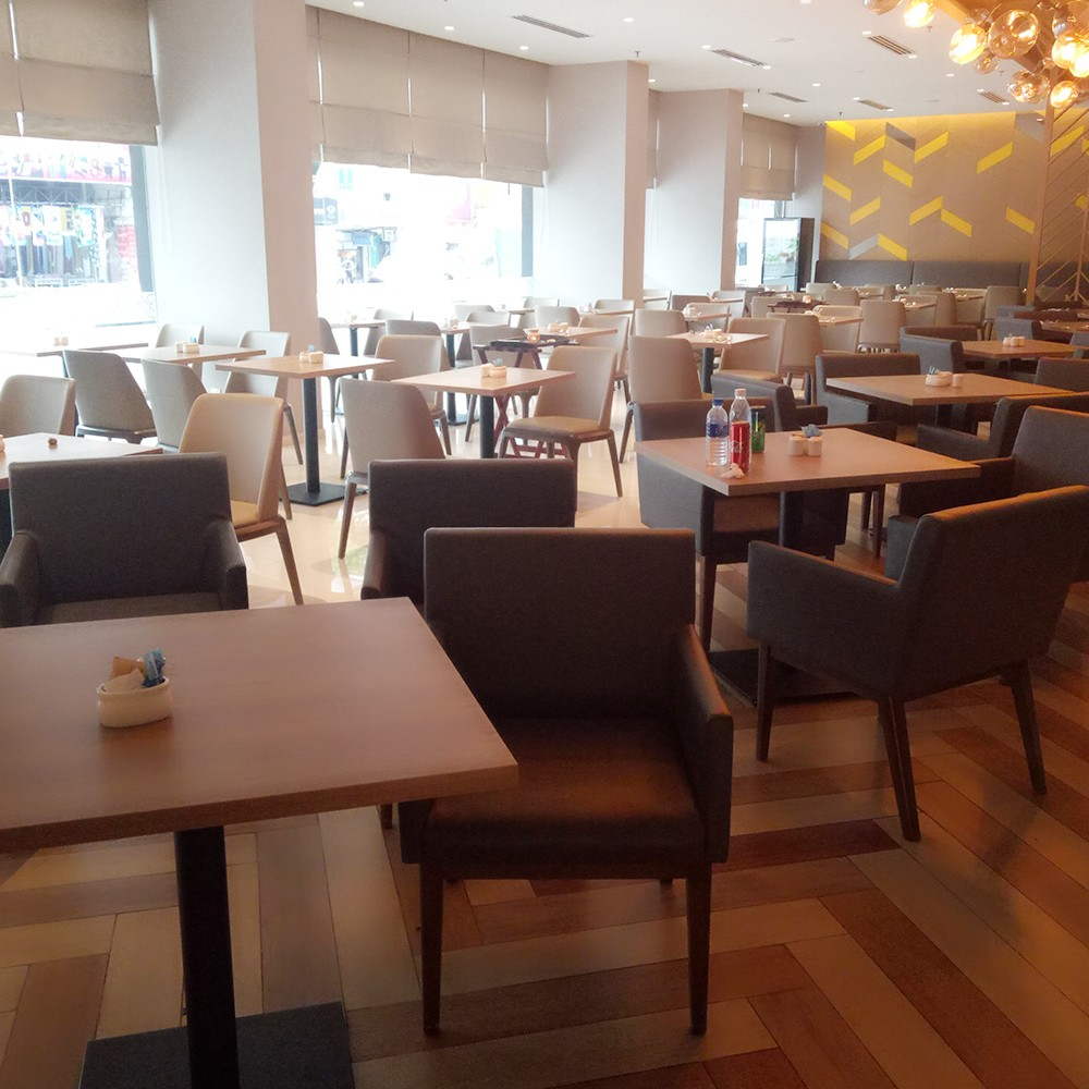 Uptop Furnishings-Quality Leather Sofas Manufacture   Restaurant In Zhongshan-3