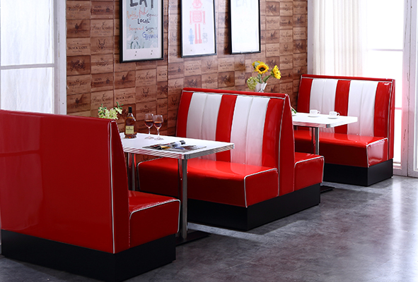 Uptop Furnishings-Custom Retro Table And Chairs Manufacturer | Retro Chairs-3
