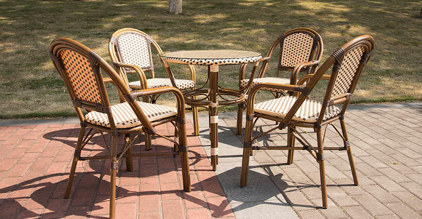 Uptop Furnishings-Find White Metal Chairs Vintage Metal Chairs From Uptop Furnishings